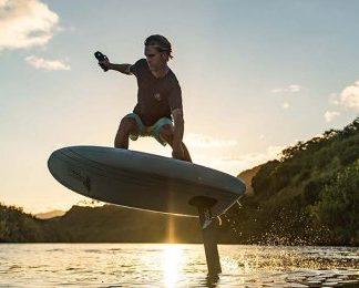 Surfa med eFoil