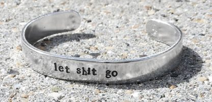 "Armband ""Let shit go"" - Littlebit Design"